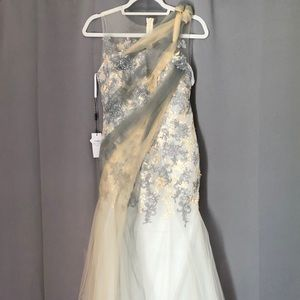 Dresses & Skirts - Bridess Tulle Gown Never Worn